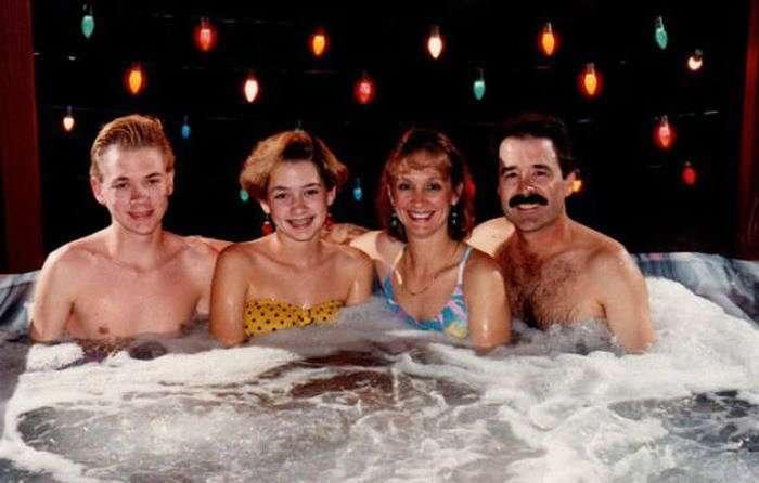 Странные семейные фото 80-х