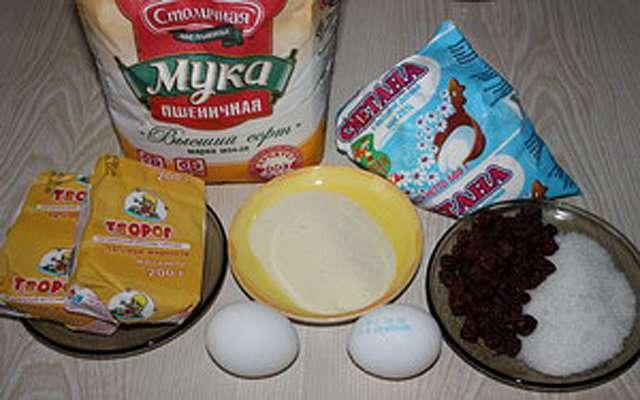 Сырники с сушеной вишней