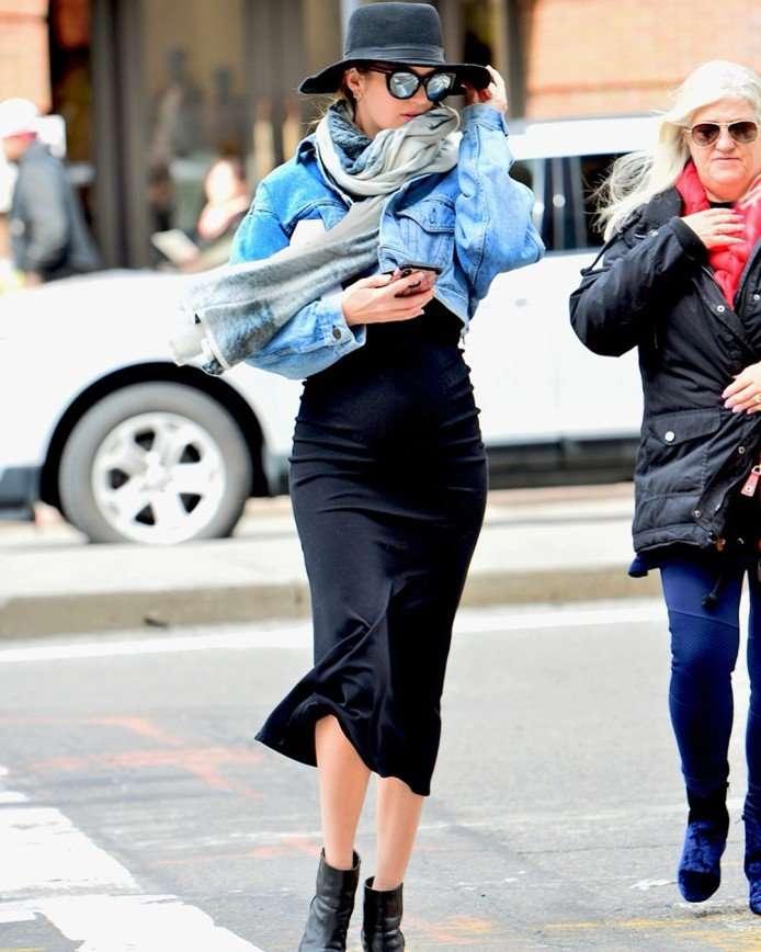 Кэндис Свейнпол дала урок идеального стиля беременной
