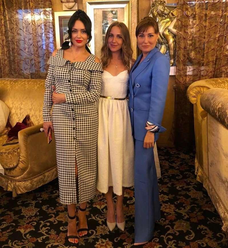 «Теперь она под защитой»: Юлия Ковальчук и Алексей Чумаков крестили дочь