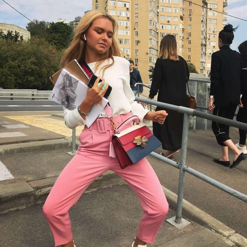 Стефания Маликова сетует на загруженность учебой